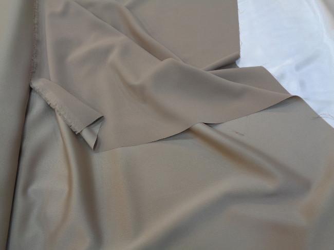 Ρασμίρ-αλπακάς 'Elegance' beige