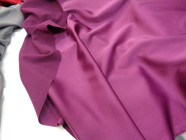 Ρασμίρ-αλπακάς 'Elegance' purple-rose