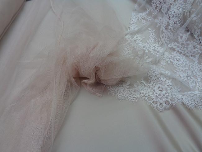 Τούλι σιλικόνης πολυτελείας 'Bride' s Love' μπέζ-nude πάλ