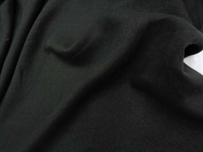 Λινάρι σε μαύρο