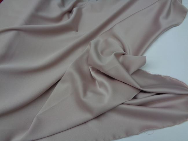 Ρασμίρ-αλπακάς 'Elegance' nude