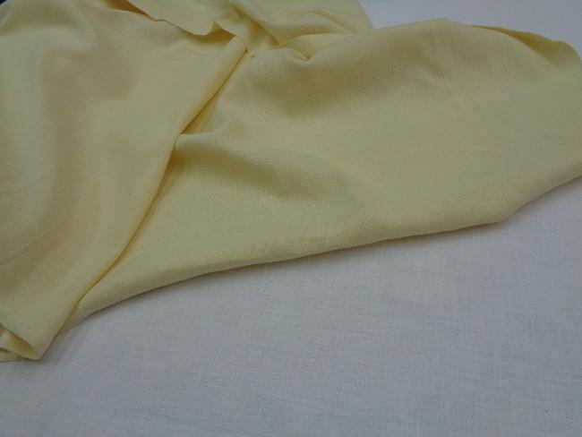 Λινάρι σε απαλό κίτρινο