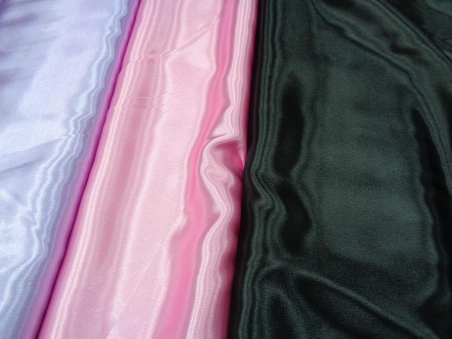 Σατέν-φόδρα σε πολλά χρώματα