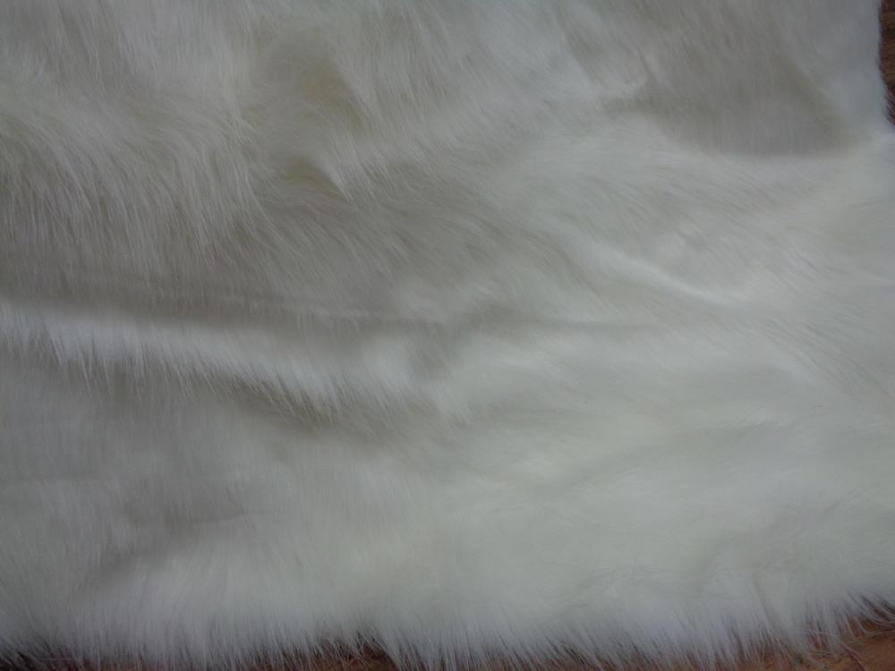 Γούνα πολυτελείας 'Λύκος off-white' μακρύτριχος