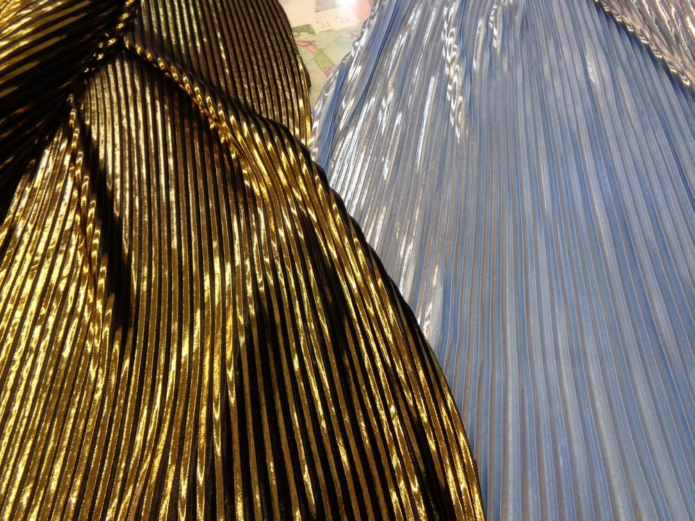 Λαμέ πλισσέ 'Dancing Queen' gold