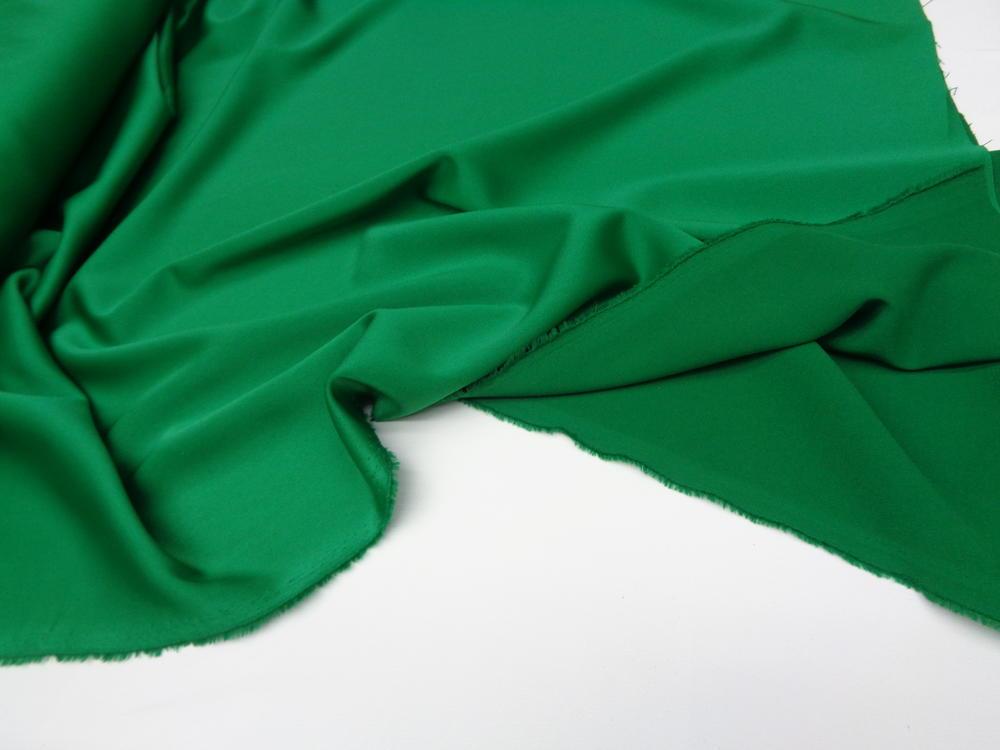 Ρασμίρ-αλπακάς 'Elegance' parrot green