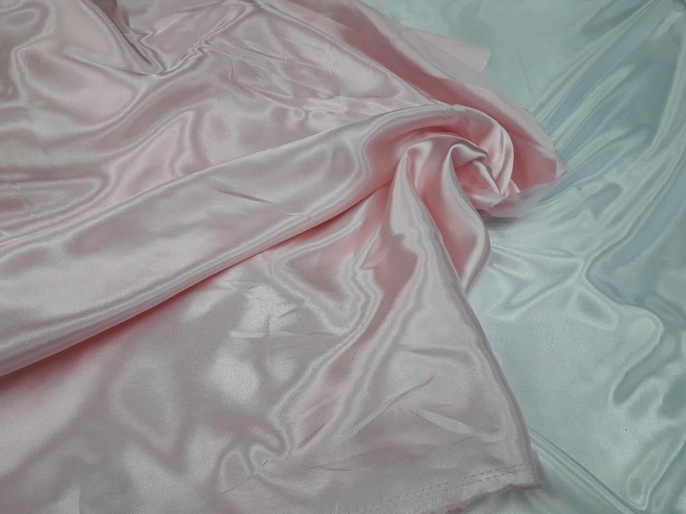 Σατέν-φόδρα σε ρόζ