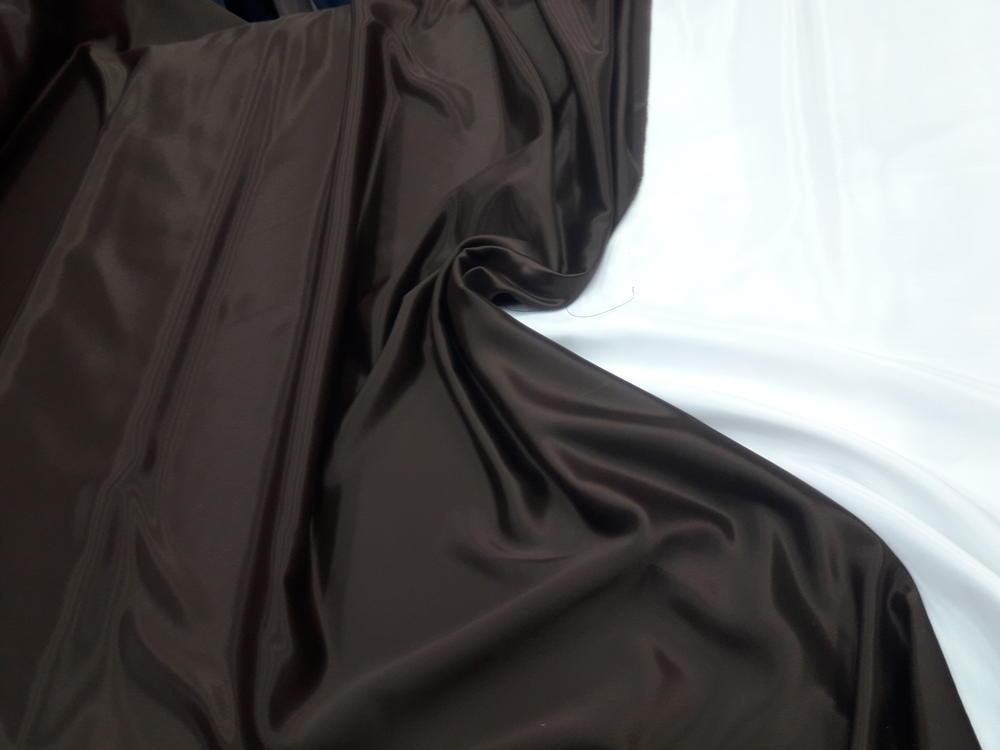 Κρέπ σατέν 'Σοκολάτα σκούρα'