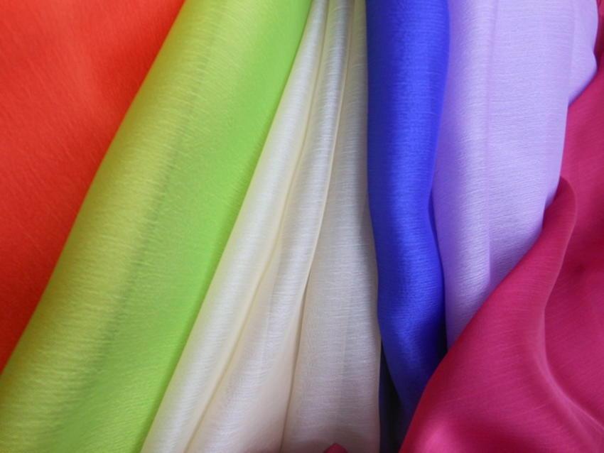 Οργάντζες-μουσελίνες  σε διάφορα χρώματα